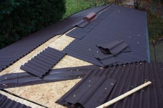 Сколько стоит покрыть крышу ондулином