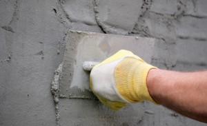 Kак правильно оштукатурить стены. Ошибки при нанесении штукатурки.