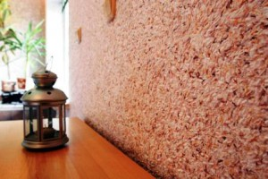 Отделка стен жидкими обоями — это покраска или поклейка?