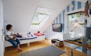 Мебель для комнаты для мальчика или юноши: два решения в одной планировке